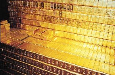 Zlatý standart znamenal volnou směnitelnost papírových peněz za zlato.